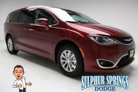 New 2018 CHRYSLER Pacifica Touring Plus